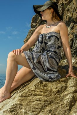Scarf Sarong Graphic Classic WSS-280317-2 www.silkyboo.com 4.3 sq